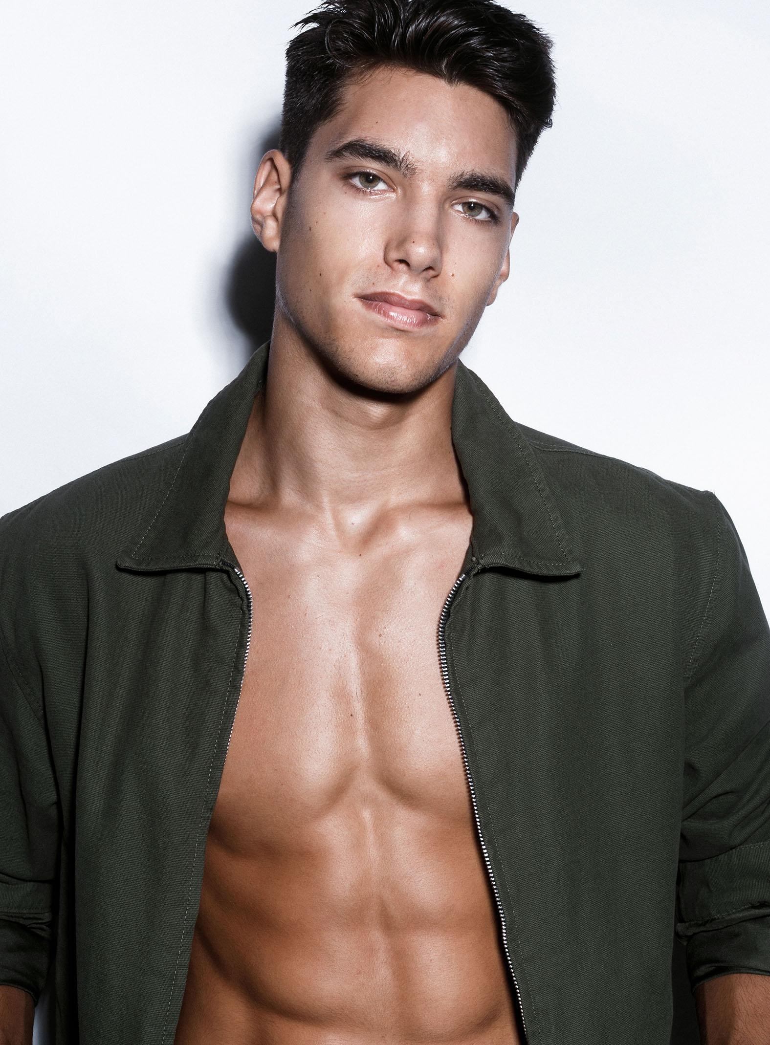 Carlos Oliveira 12