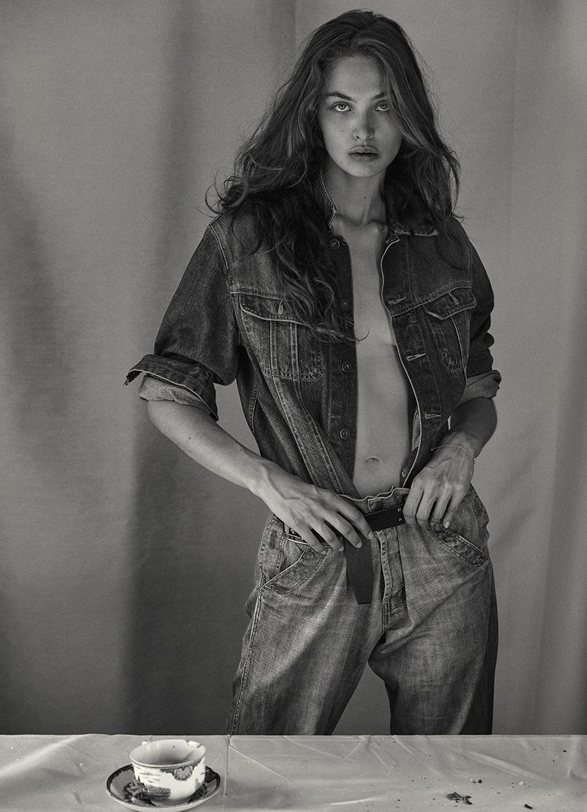 Eve Nakkachdji 22