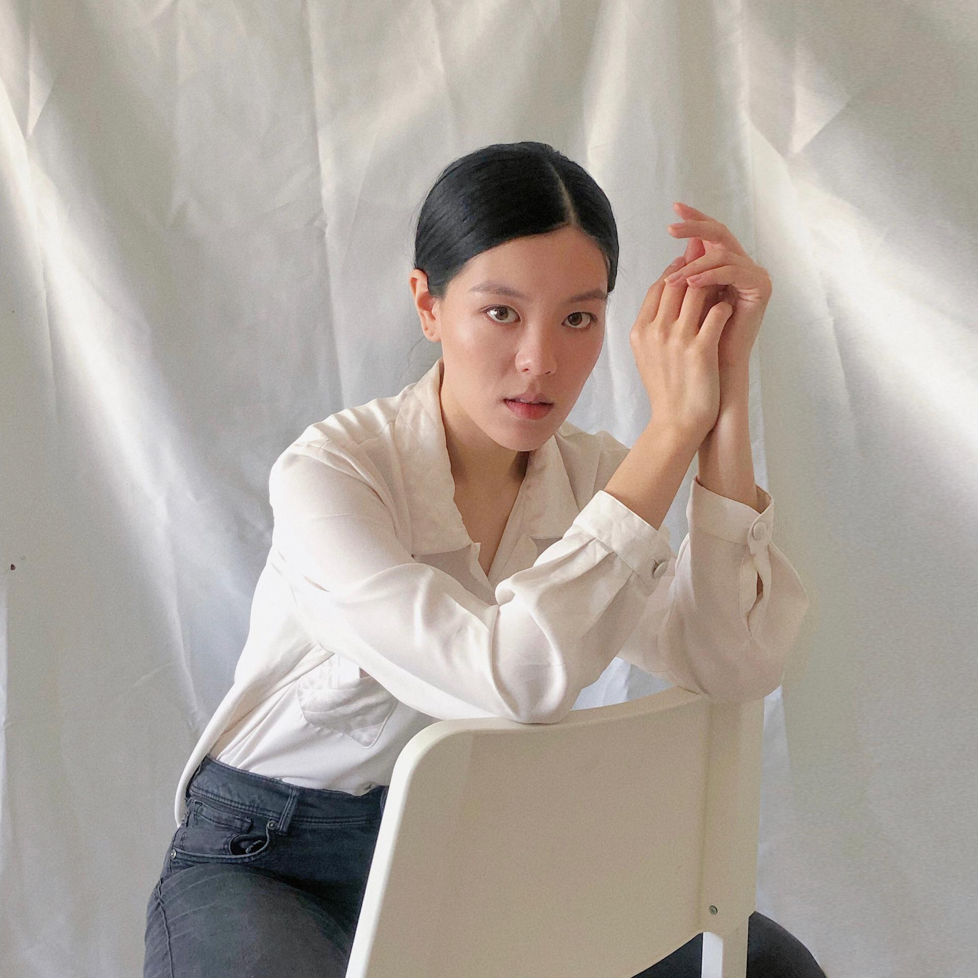 Ana Zhang 1