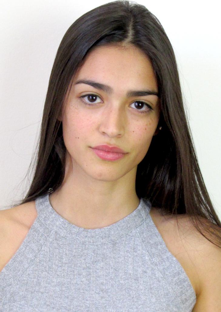 Mariana Velez 8