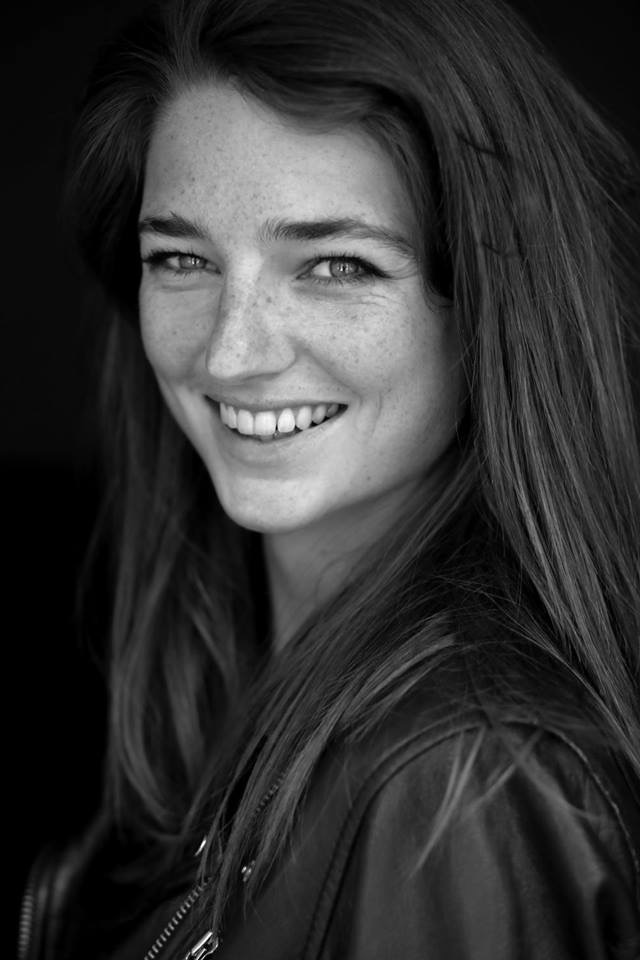 Delia Hamer 24