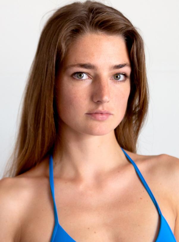 Delia Hamer 21