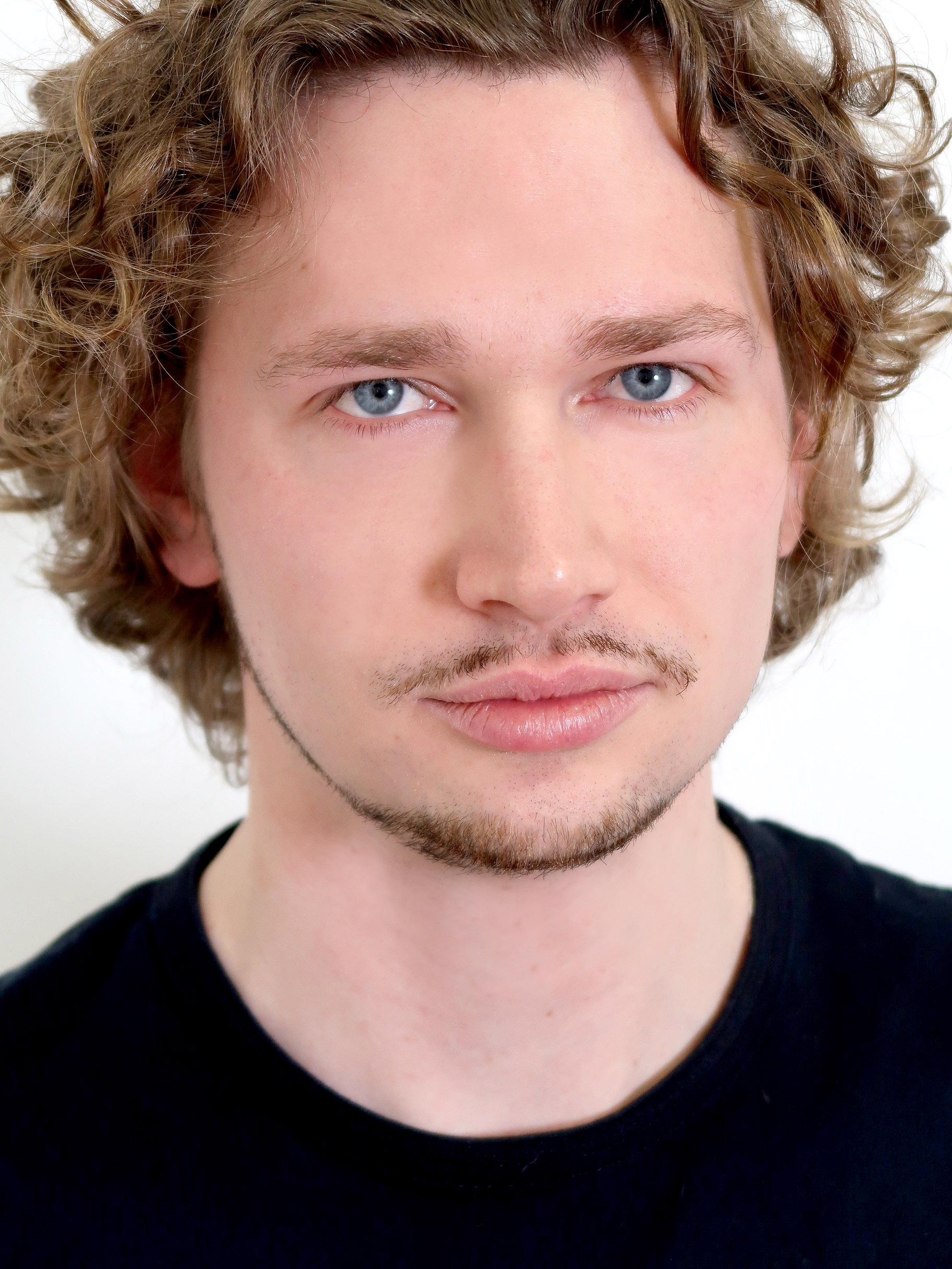Dmitriy Vieira