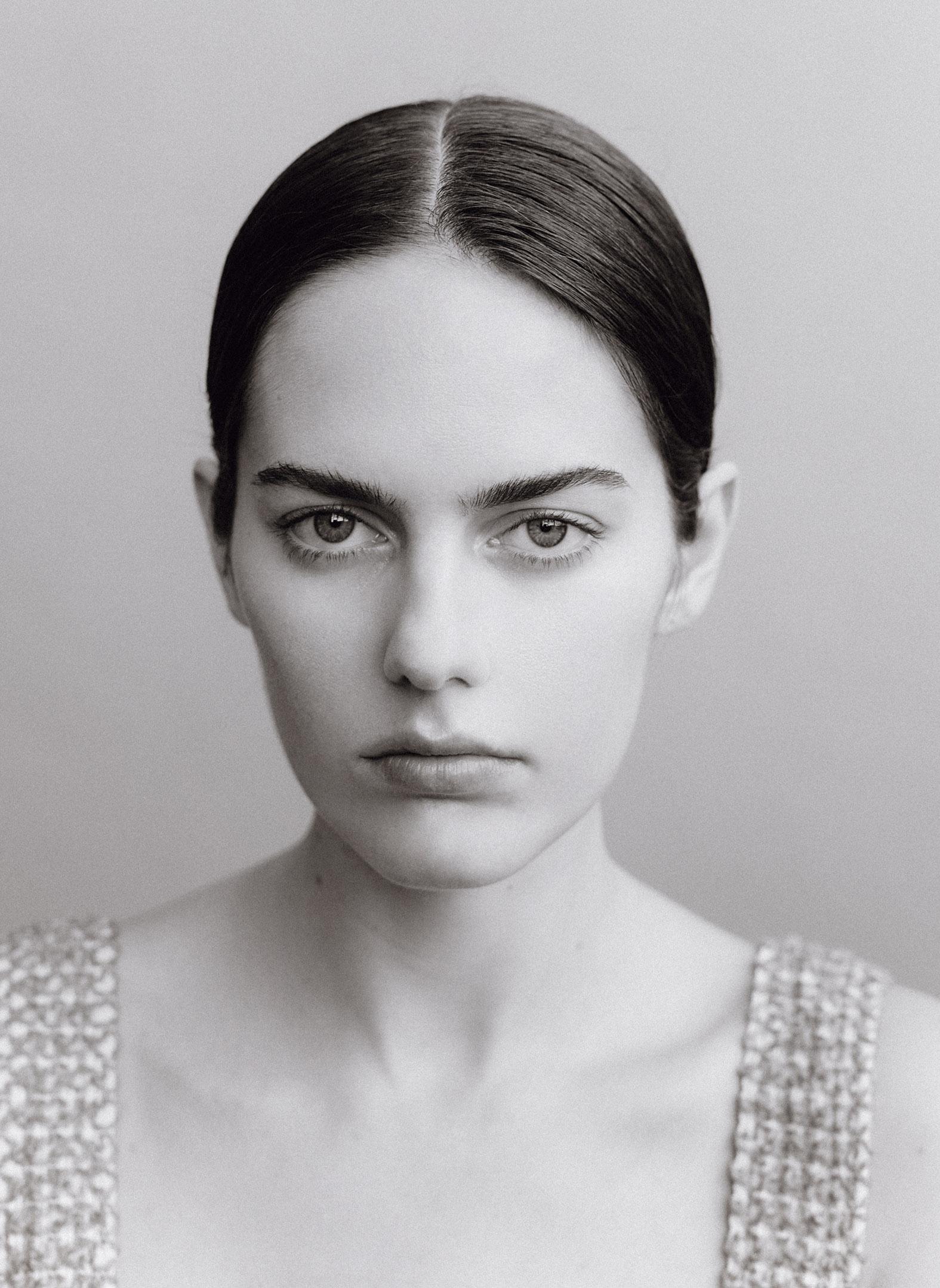 Ana Burea 35