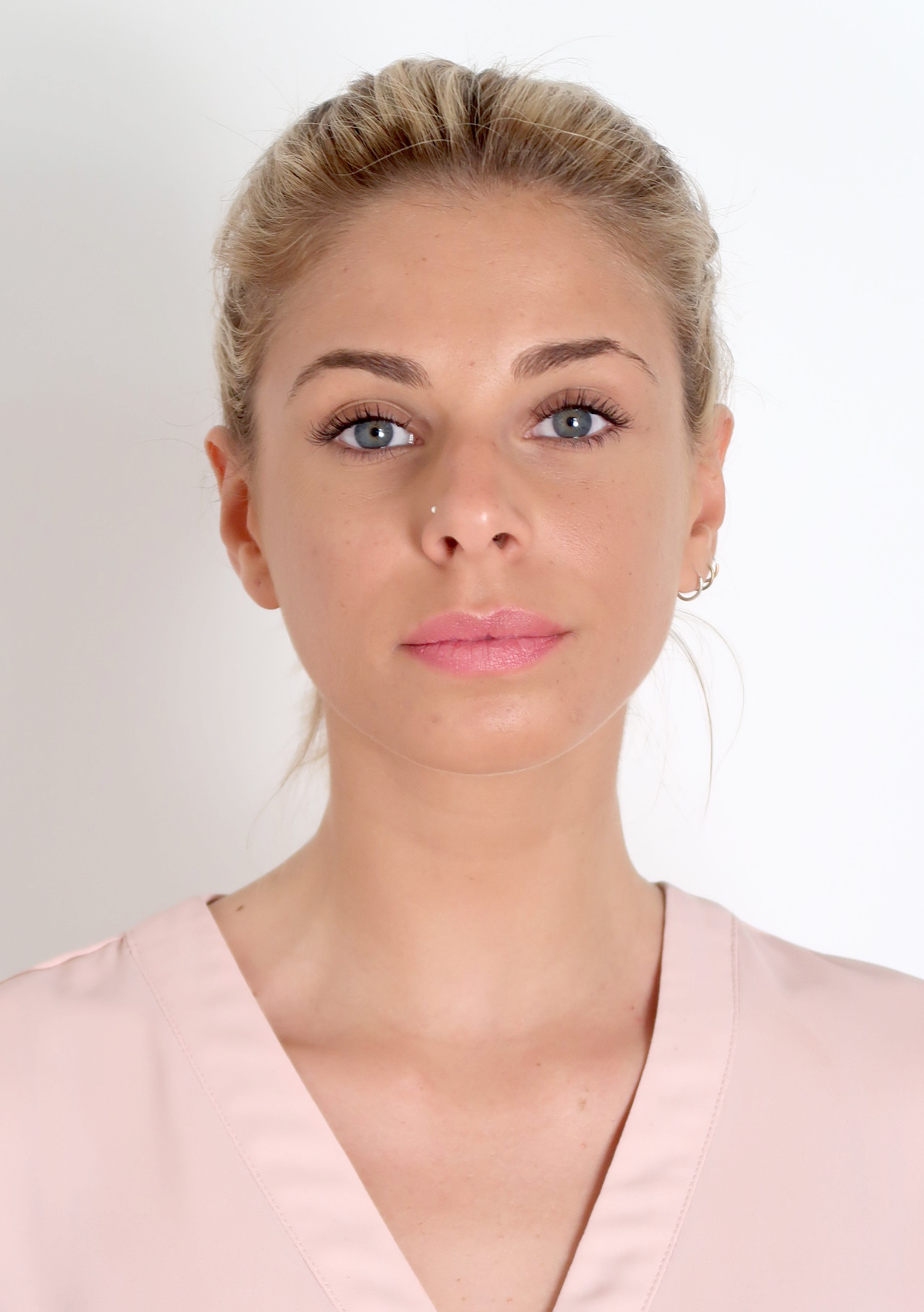 Ana Ricci 9